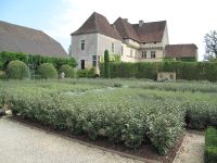 Losse lavenda garden with rill
