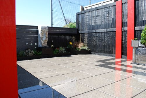 contemporary garden design by kerry jackson