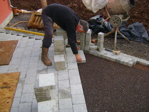 Permeable block paving installer
