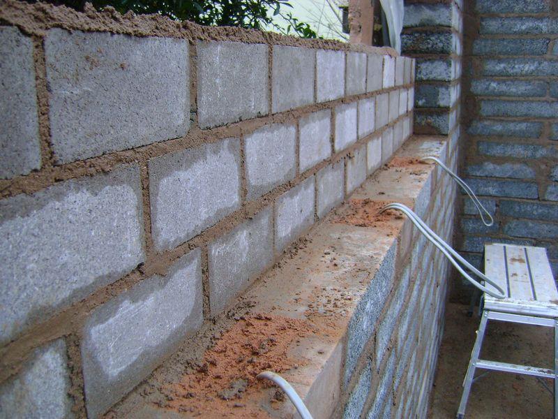 Recess wall brick work