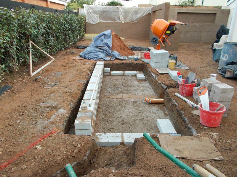 Constructing a garden pond