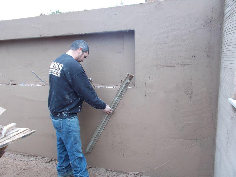 Plastering straight edge