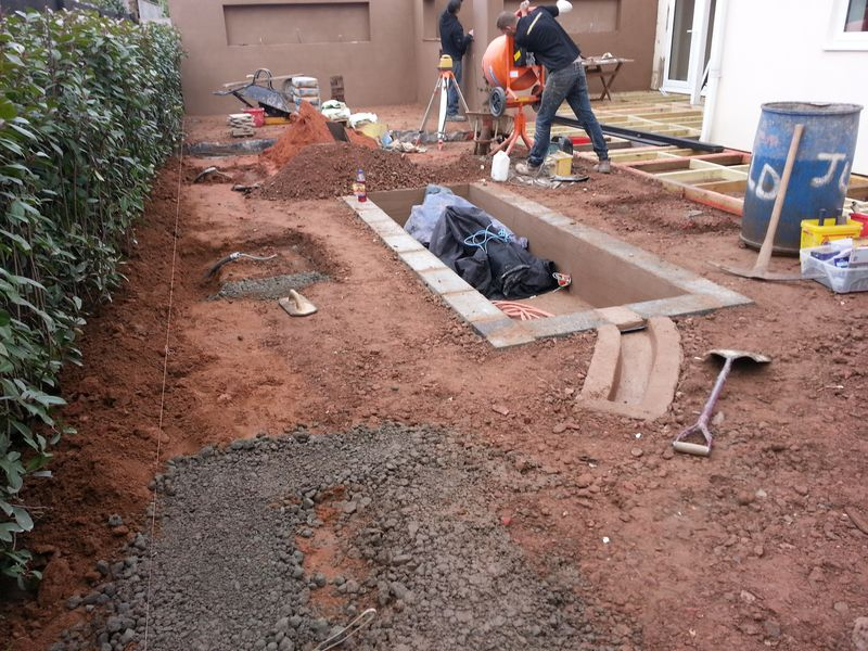 Concrete footings for planter