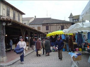 26th_february_visit_to_villereal_market__3