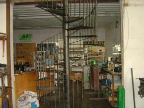 Spiral_staircase_001222